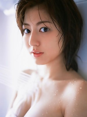 Yumi Sugimoto cute model with sexy girl next door appeal