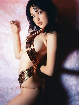 Sultry and stacked gravure idol chick with big delicious boobs
